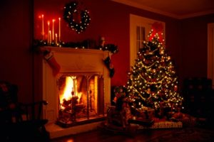 fireplace-at-christmas